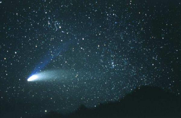 0011-019-Kometa-snimok