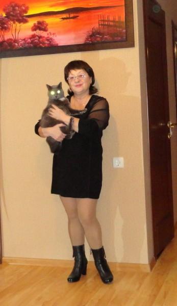 Светка с  котиком.jpg