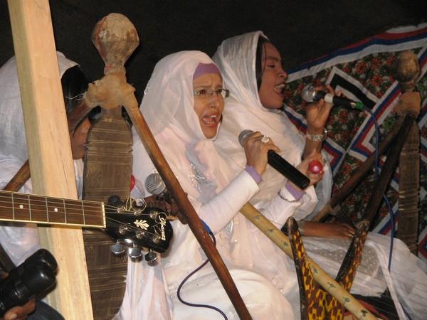 Маалюма, мавританская певица