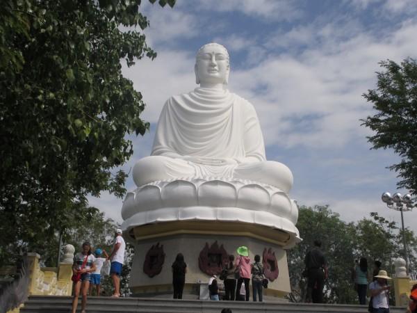 белый Будда.jpg
